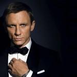 Džeimsą Bondą vaidinantis Danielis Craigas pripažino, kad su amžiumi prieš kamerą nusirengti vis sunkiau